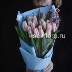 купить букет тюльпанов Тиз Бутс